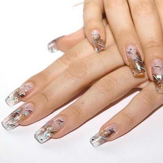 Nail Art Designs With Trendy Rhinestones