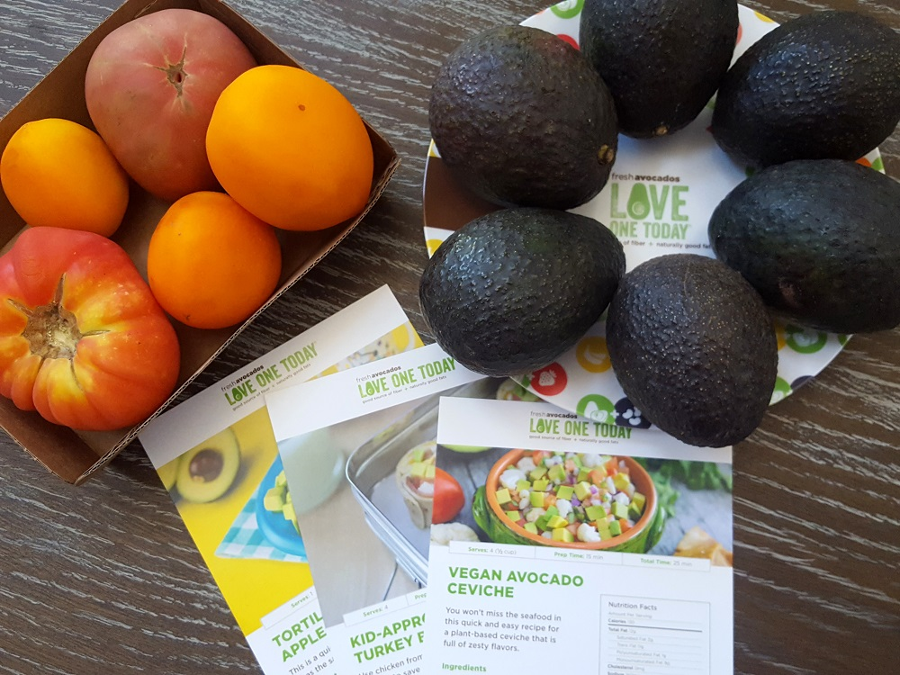 Fresh Avocados - Love One Today! #AvoKids #IC #ad