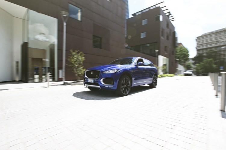 Jaguar F-Pace (shooting Stylology.it by Andrea Schiavina)