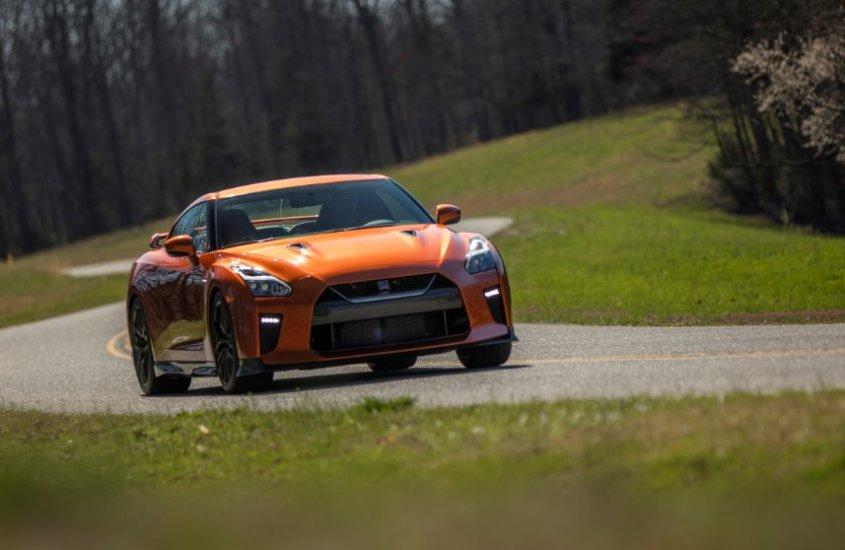 La storia della Nissan GT-R: Godzilla è tra noi