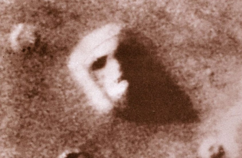 Volto su Marte: quella foto della Nasa che stupì il mondo