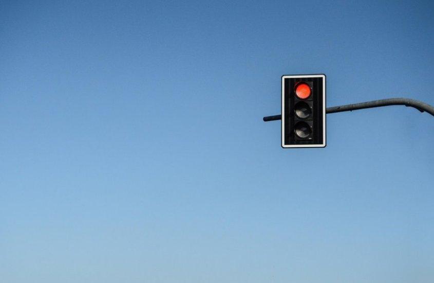 La storia del primo semaforo e tutte le curiosità