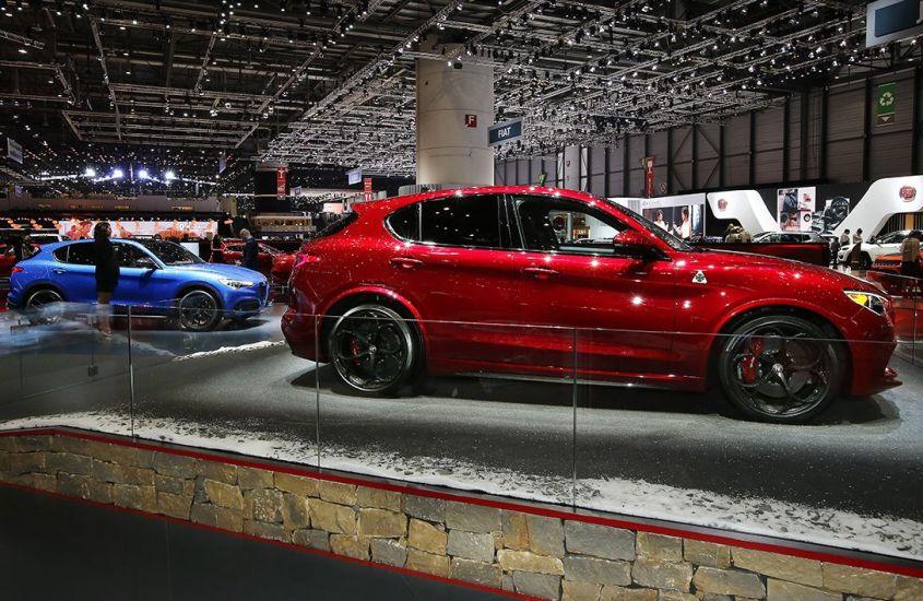 Alfa Romeo Stelvio: il SUV del Biscione strega Ginevra