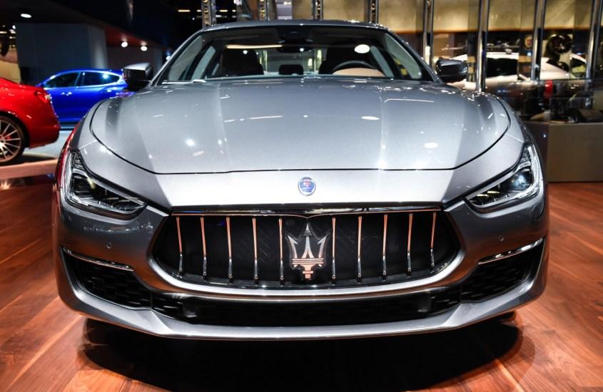 Maserati Ghibli: restyling che fonde fascino e tecnologia