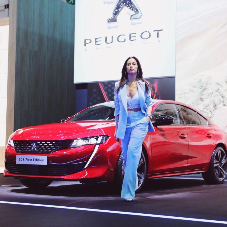 Peugeot 508 First Edition con Alessia Canella