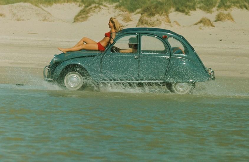 Citroën 2CV: la storia di un'auto simbolo di libertà