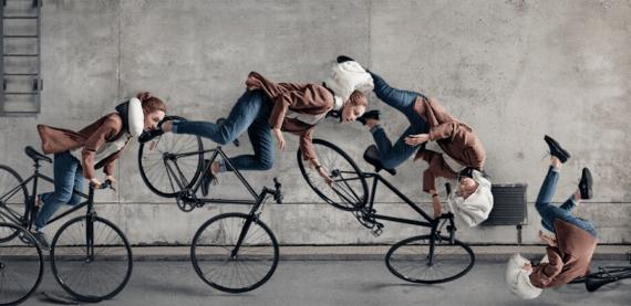 casco per ciclisti con airbag
