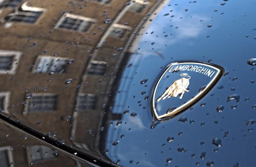 Lamborghini, la storia di un mito nato il 30 ottobre 1963