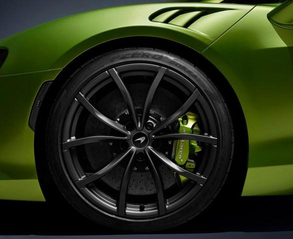 pirelli cyber tyre mclaren artura