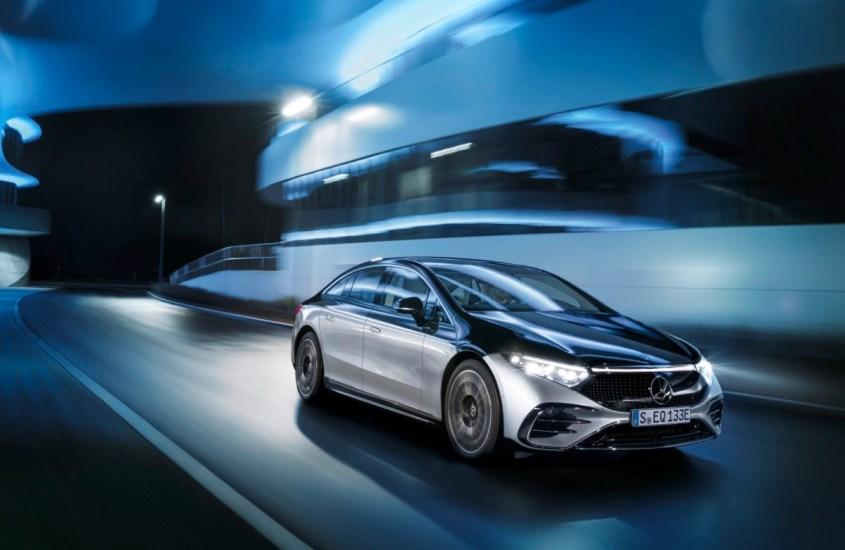 Mercedes EQS, l'ammiraglia elettrica lussuosa e sostenibile