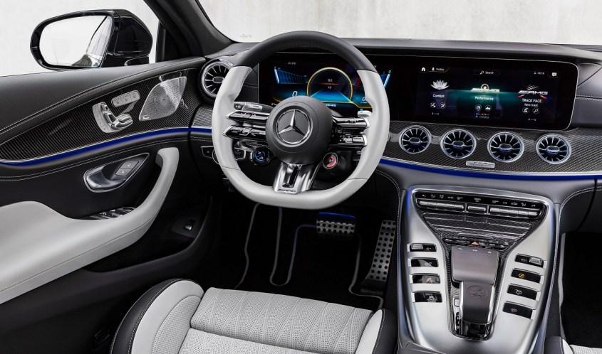Mercedes-AMG GT Coupé4 interni