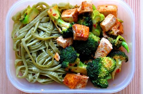 Vegansk matlåda tofupasta