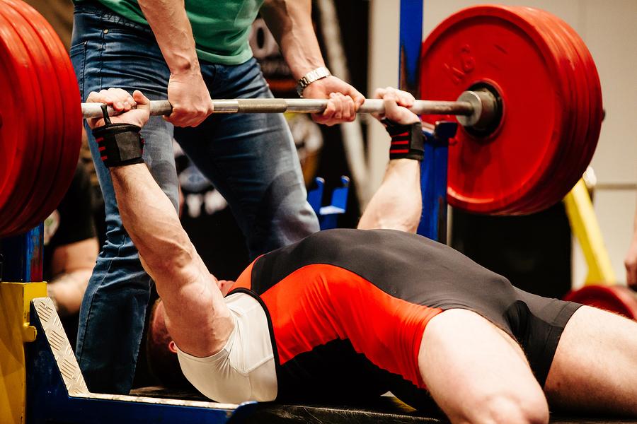 Axelsmärta vid styrketräning