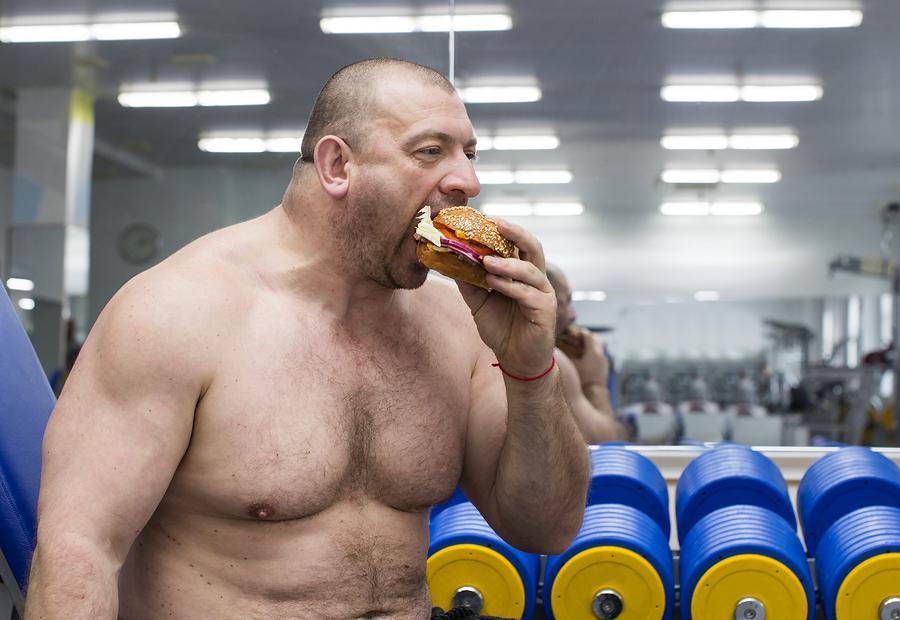 träna tidigt på morgonen äta