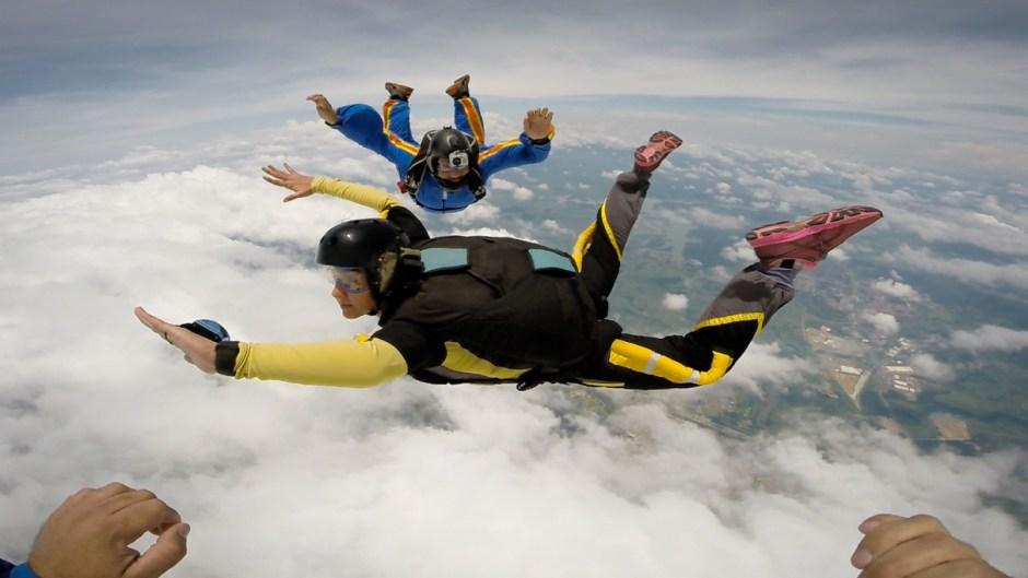 curso de paraquedismo sua casa é o mundo