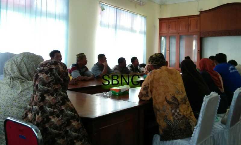 CSR PT Kalila Dipertanyakan, Warga Muara Sako Kelurahan Langgam Audensi ke DPRD Pelalawan