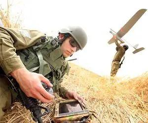 skylark-uav-soldier-control-dominator-hardware-lg
