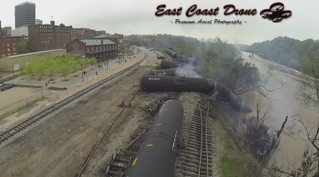 VA-Lynchburg-train-derail-fire-3-4-30-14