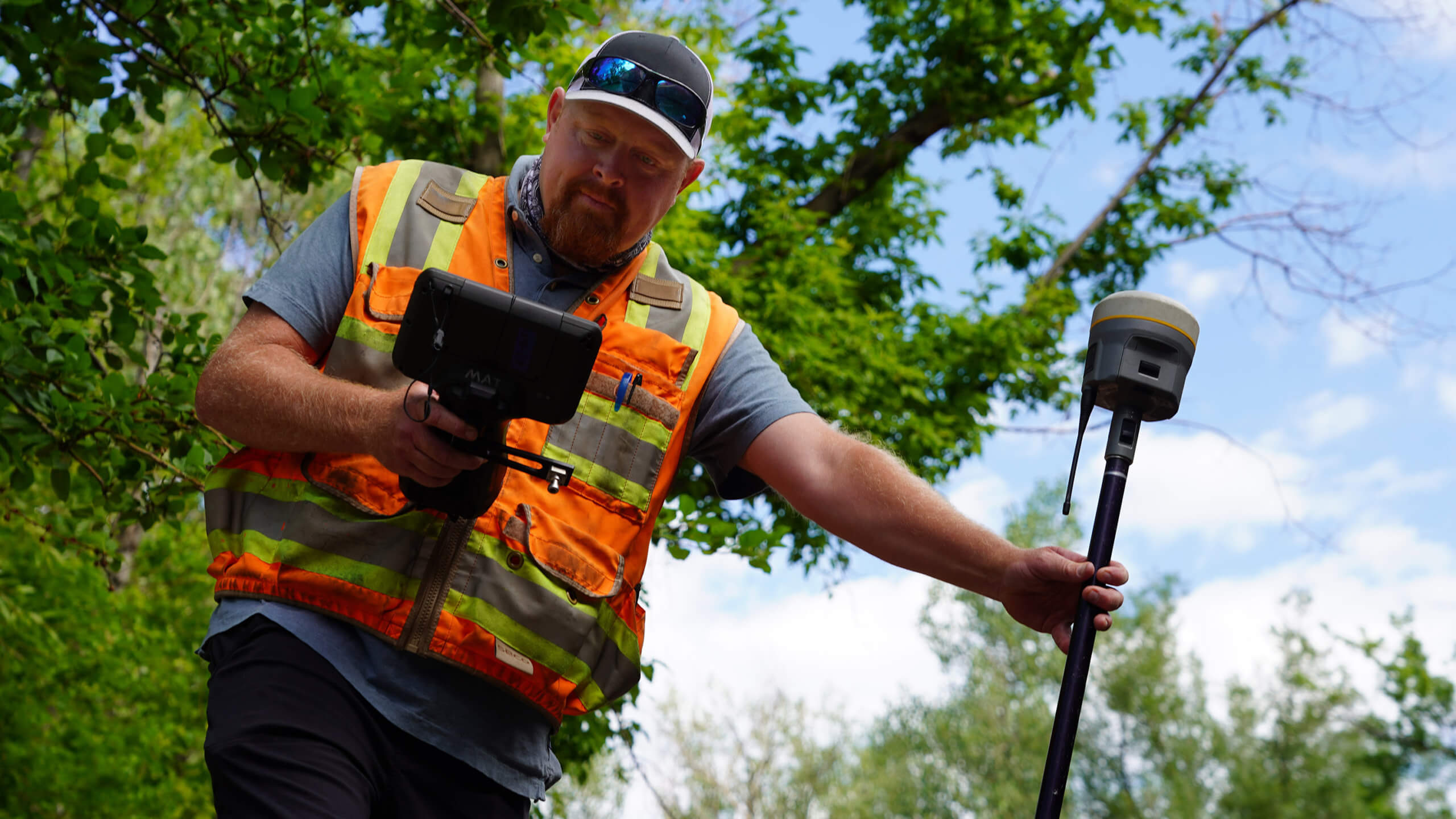 trimble gnss scaled