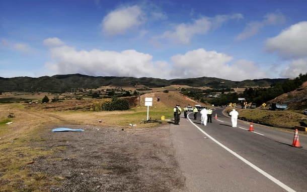 Dos ciclistas fallecidos tras ser arrollados por un automóvil