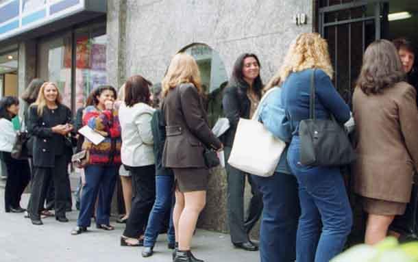 Masiva oferta de empleo para mujeres en el Sena