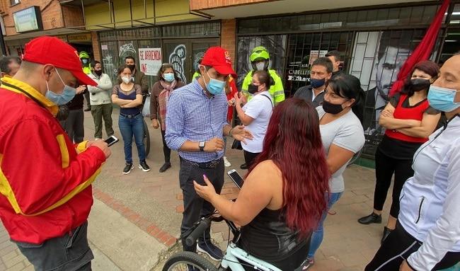 En el balance del primer día de cuarentena, 831 comparendos y 124 cierres voluntarios de establecimientos de comercio en Bogotá