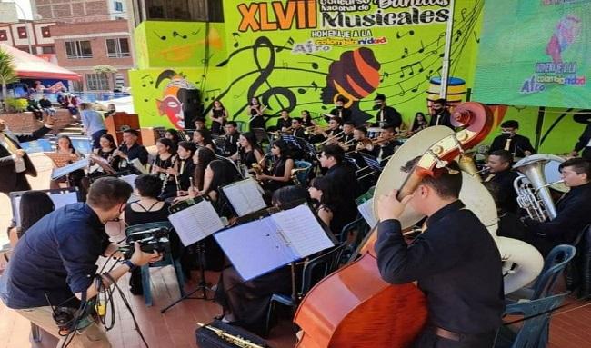 Desde la virtualidad y la presencialidad terminó con éxito el Concurso Nacional de Bandas de Paipa