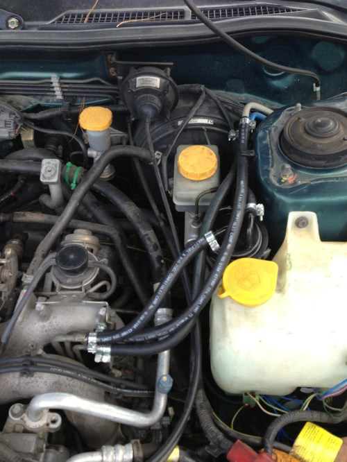 small resolution of i need help 911 went to change fuel lines and fuel filter today