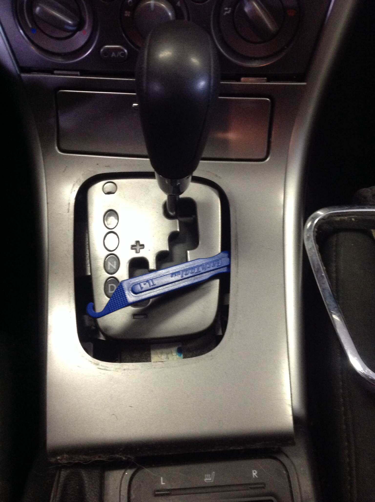 3 way outlet 2009 jetta wiring diagram need to replace gear shifter light on 2005 outback - subaru forums