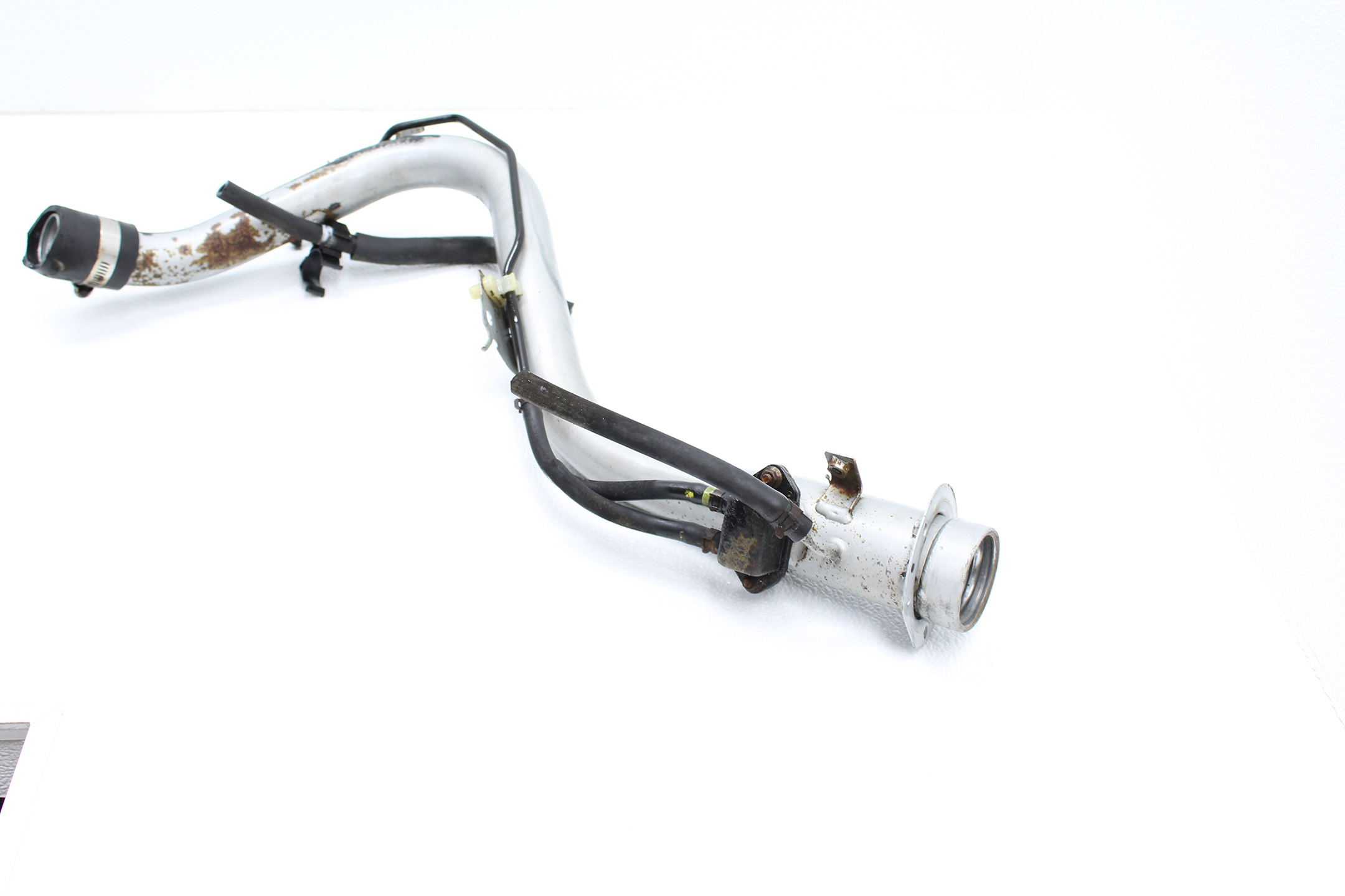 1998-2001 SUBARU IMPREZA 2.5 RS GC8 FUEL FILLER NECK TUBE