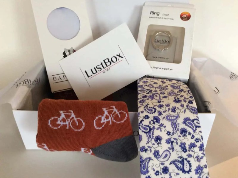 LustBox Subscription Box – March 2017 Review