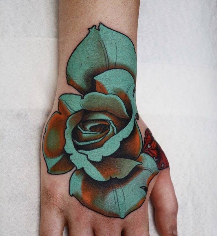 Neo Traditional Tattoo Flowers