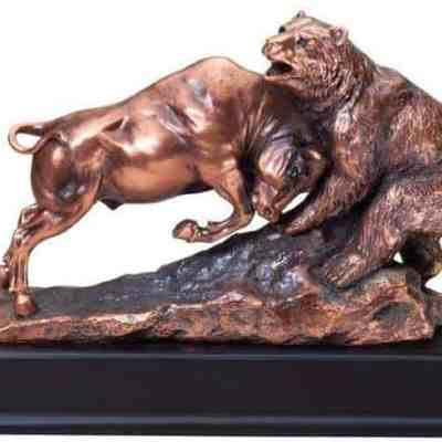 Bull and Bear Sculpture Award