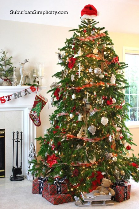 How To Decorate An Elegant Amp Rustic Christmas Tree