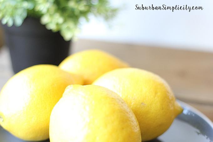 17 Uses for Lemon Essential Oil