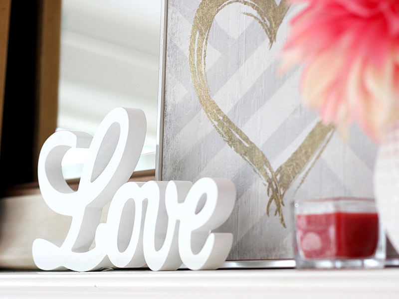 Valentine\'s Day Home Decorating Ideas | Valentine\'s Decorations for Home