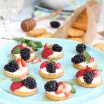 Berries and Cream RITZ Cracker Topper