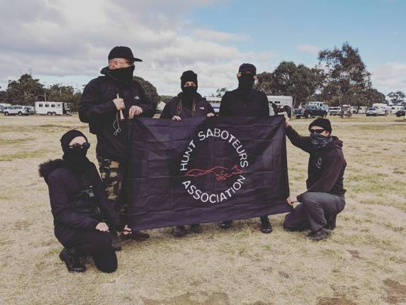 Melbourne Hust Saboteurs at fox hunt