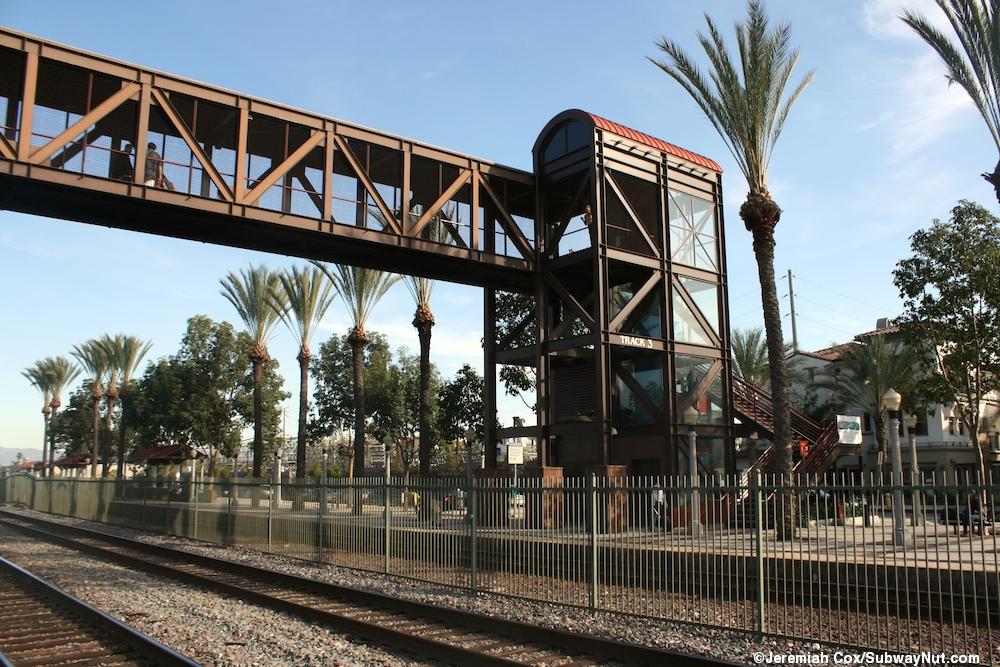 Fullerton Metrolink Orange County And 91 Lines Amtrak