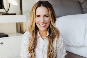 Rachel Hollis Five to Thrive