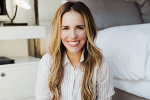 Rachel Hollis Five to Thrive