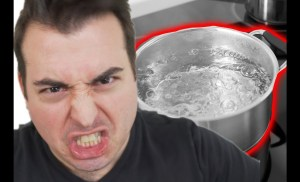 """I Got Stressed By """"Comparisonitis."""" This Boiling Water Saved Me"""