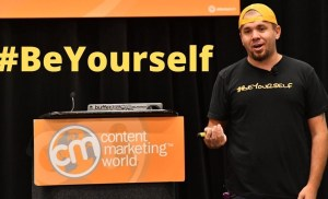 #CMWorld 2019 – How to Stand Out in the Crowd of Content – Brian Fanzo