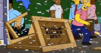 Imagen del capitulo de Los Simpsons conocido como Marge encadenada donde los aldeanos de Sprinfield son atacados por abejas asesinas