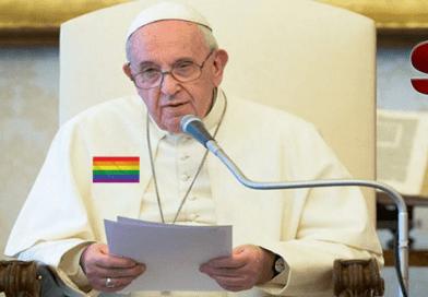 Francisco, papa y dirigente de la iglesia católica mundial, representante de Dios en la tierra