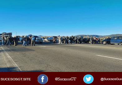 Veteranos del ejercito bloquean carreteras en Guatemala