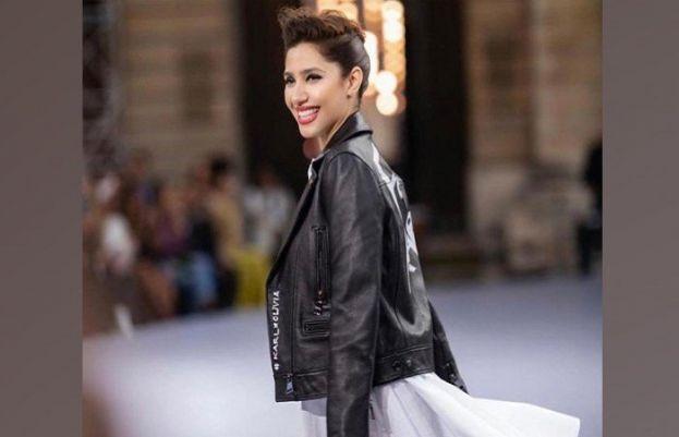 Mahira Khan stuns at Paris Fashion Week