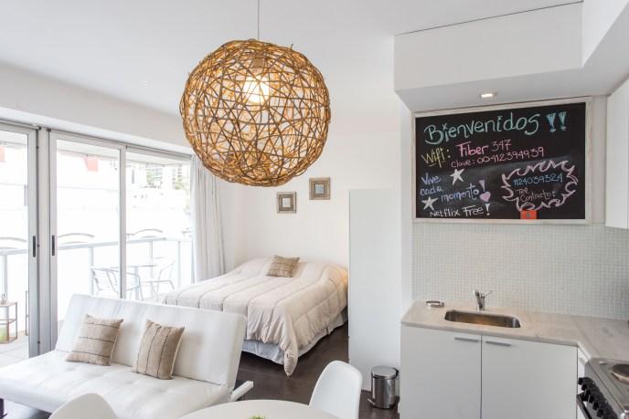 Apartemento amoblado con balcon superior pizarra comedor