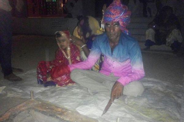 مسؤول هندي يتزوج طفلة في السادسة من عمرها