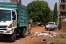مواطنون يعانون من الأمراض بسببها في مشهد يعكس حجم اللا مبالاة.. أكوام النفايات تحاصر البيوت